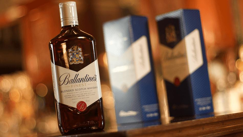 BallanVine'sBallantine's Whisky -